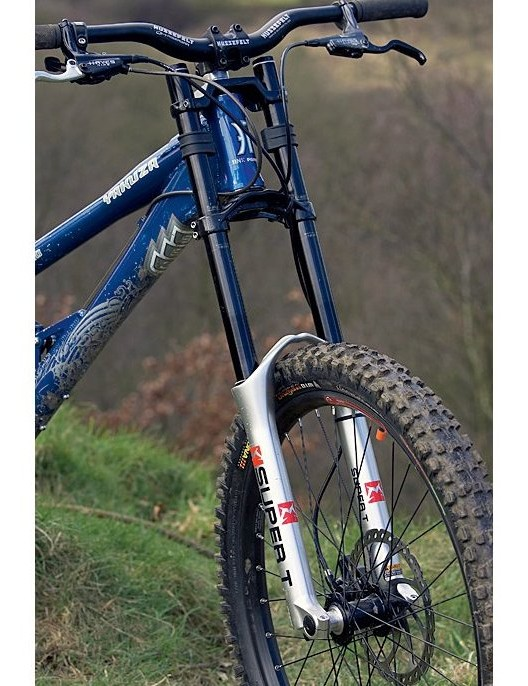 We were impressed by how well the Marzocchi Super T fork performed