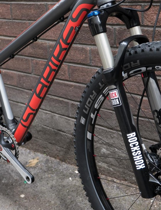 The Creig 26 gets a RockShox TK30 fork that's air sprung