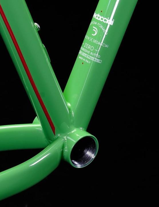 All of Mason's bikes feature threaded bottom brackets