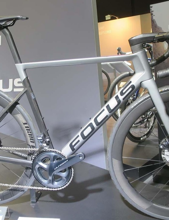 The 9.7 shares the same specification as the 9.9 but uses Ultegra Di2 and Ultegra brakes bringing the price down to £5,299