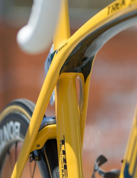 Still no cables or wires in sight. The new Madone is undoubtedly a superbike