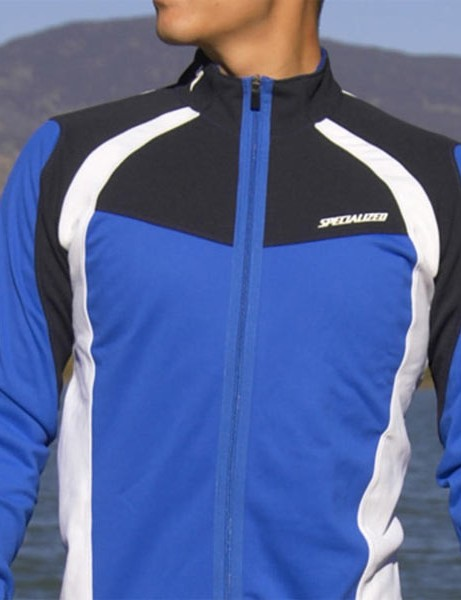 The Specialized Eureka jersey	uses a heavier weight Fieldsensor fabric when things get colder.