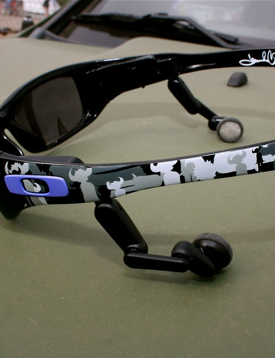 Oakley Jamiroquai limited edition Mp3.