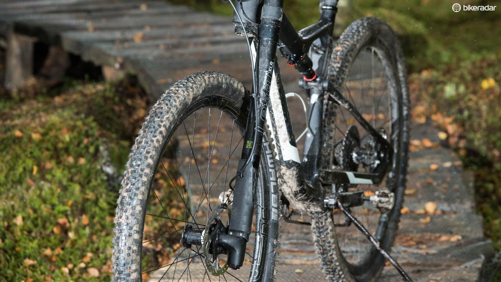 Stiff, light and puncture friendly, Cannondale's Lefty fork is a racer's favourite for very good reason. The current damping is the best in its 17 year history too