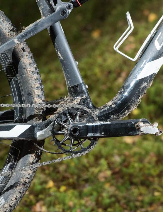 Cannondale developed the whole BB30 oversized axle concept first and the radial arm SpideRing chainring on the Hollowgram crank is a thing of beauty