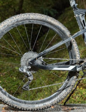 The Scalpel suspension system relies on engineered flex in the stays to allow rear wheel movement rather than a heavier pivot set up