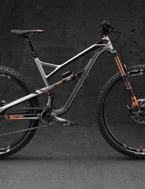 A new top dog for the Jeffsy range — the CF Pro Race