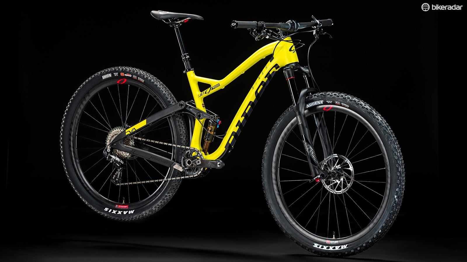 When the Jet 9 RDO was remade as a trail bike it also transitioned from press-fit to a threaded BB