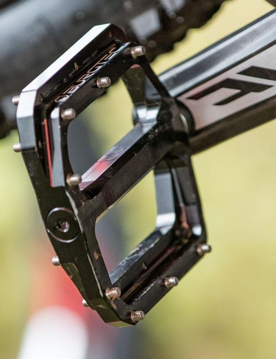 Bryceland swaps between flats and clip pedals based on the course. For Cairns, he used Burgtec flat pedals