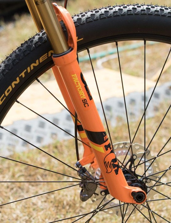 Absalon is using the new 32 Step-Cast fork, Fox's lightest yet