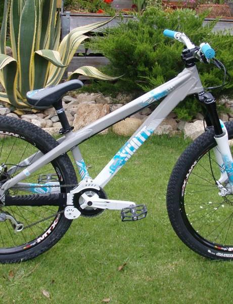 Scott Voltage jump bike