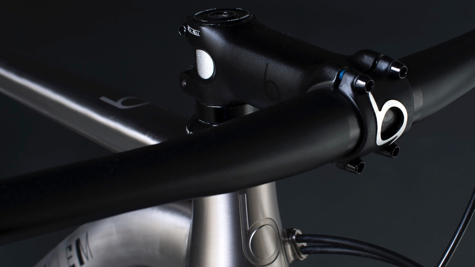 Note the neat internal routing on this J.Guillem Atalaya – compatible with both Di2 and mechanical shifting