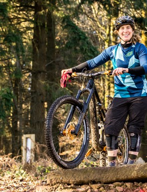 Katy Curd: elite downhill racer, World Champion 4X mountain bike racer and qualified coach