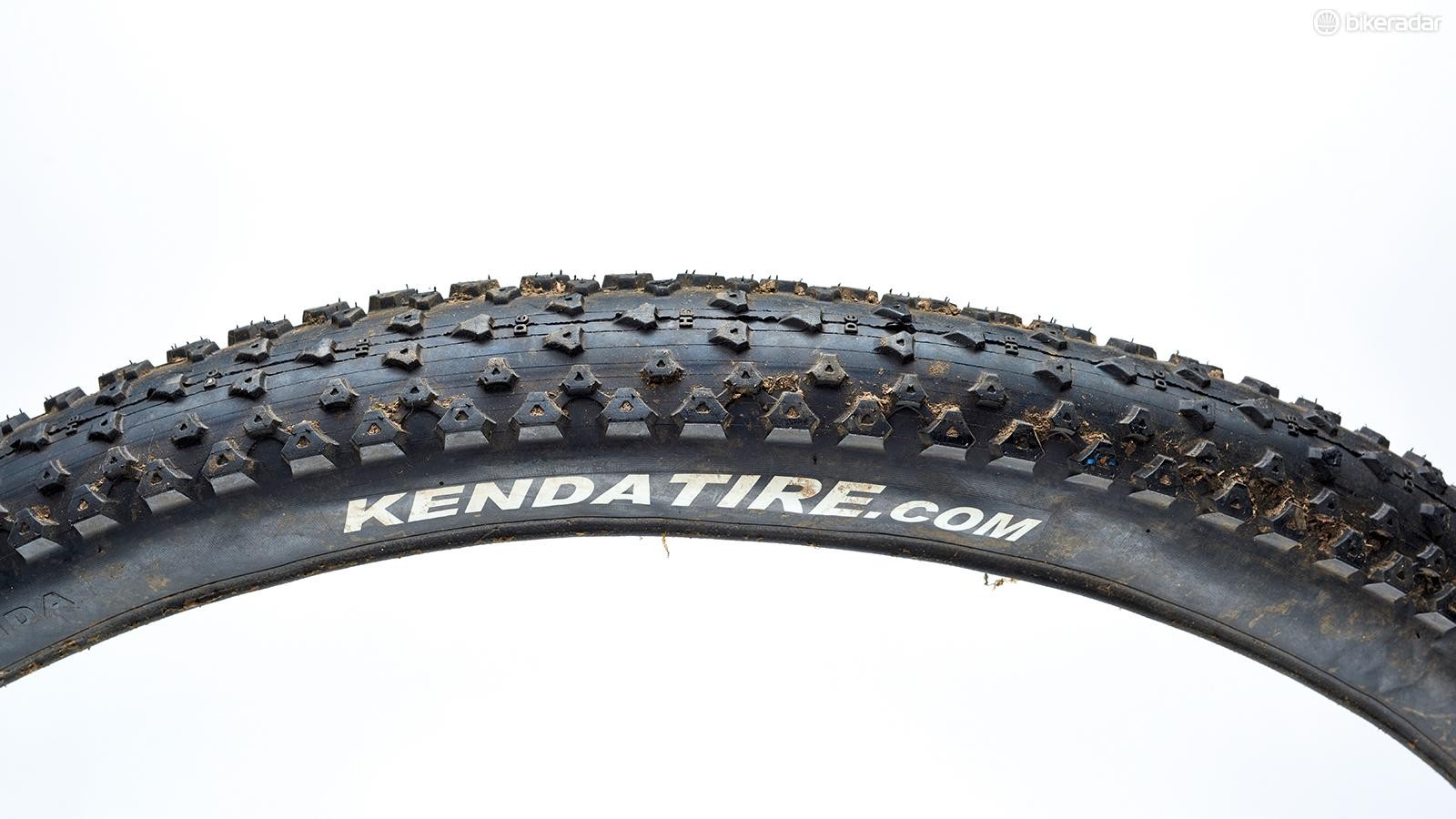 Kenda's Honey Badger Pro SCT DTC 27.5x2.2 MTB tyre can be a tricky customer