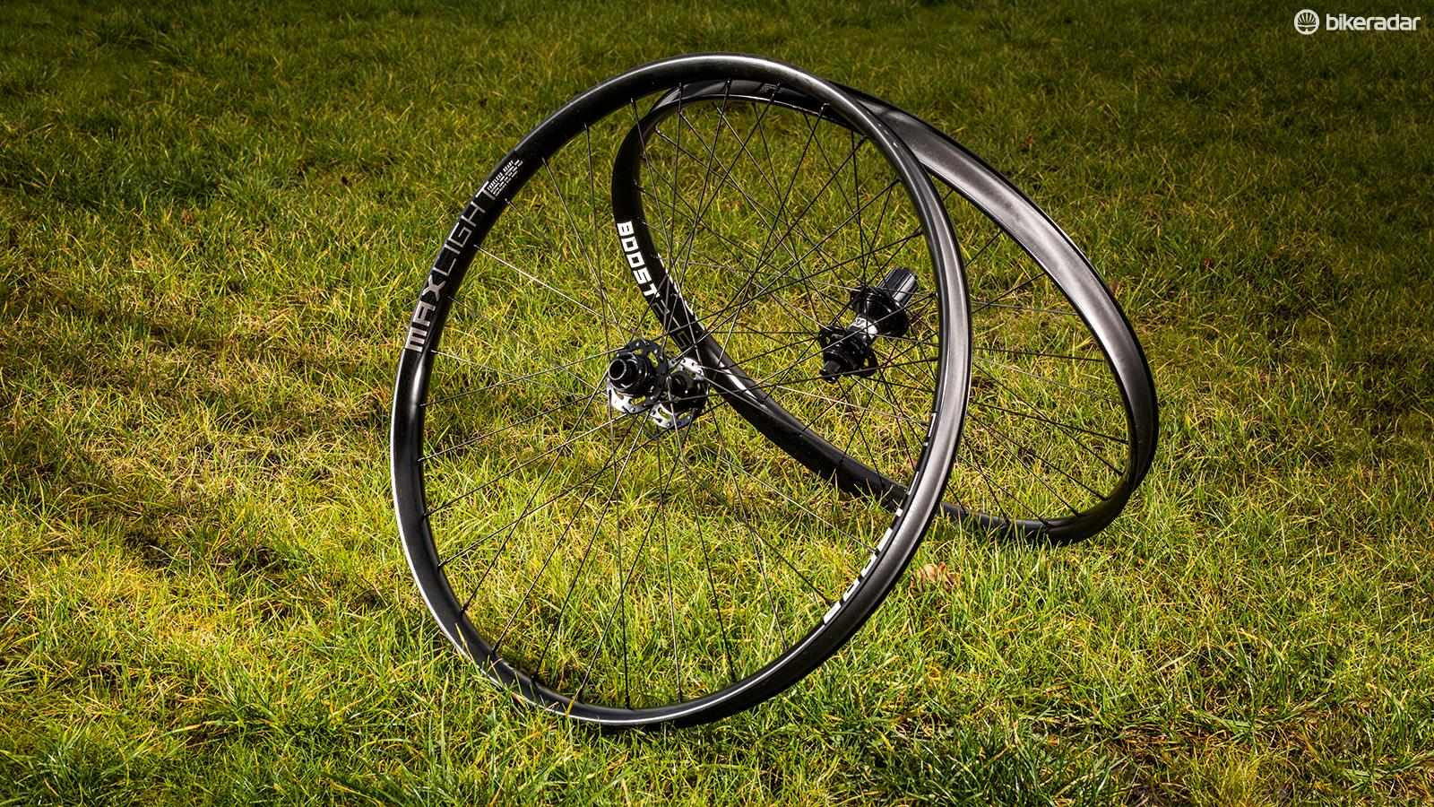 Kinesis Maxlight Boost 650b wheels
