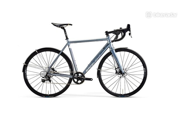 The Racelight 4S Disc is well suited to UK riding