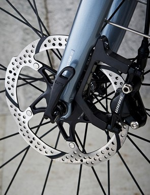 Dropout spacers allow for braking options, mine ran SRAM Apex 1 hydraulic discs
