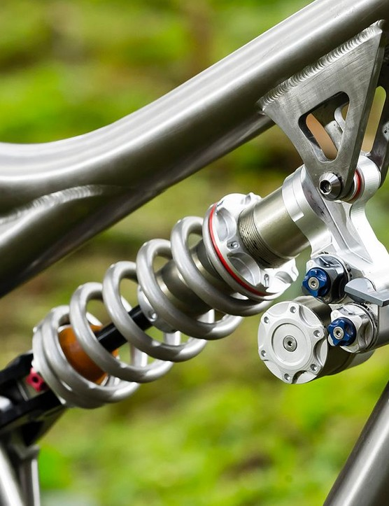 The handbuilt PUSH Elevensix shock is a fettler's dream, with twin compression circuits