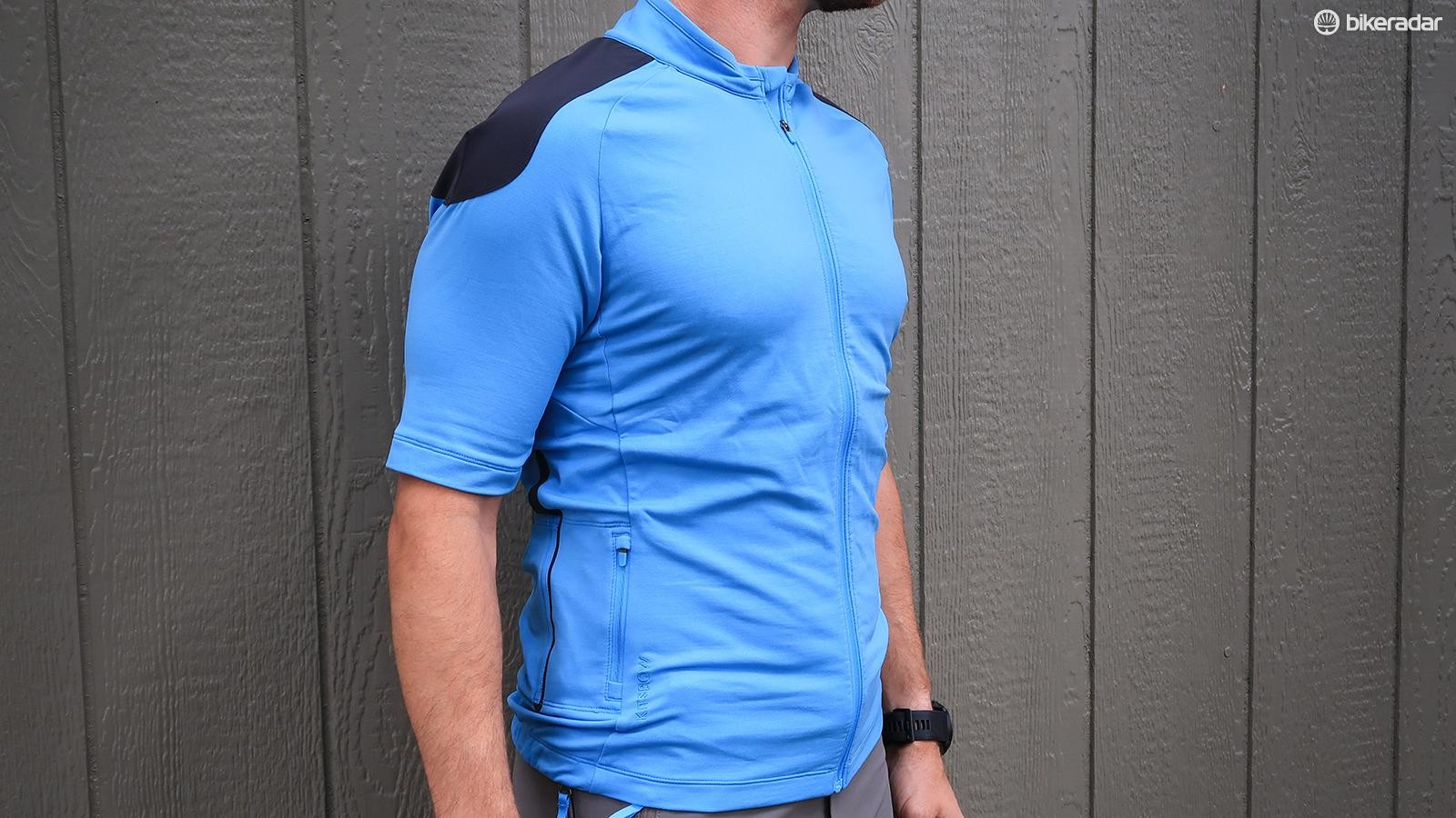 Kitsbow's Origin SS Jersey in the 'Kitsbleu' colorway