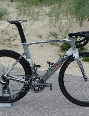 For the 2016 Tour de France, Specialized produced a custom-painted Venge for German sprinter Marcel Kittel