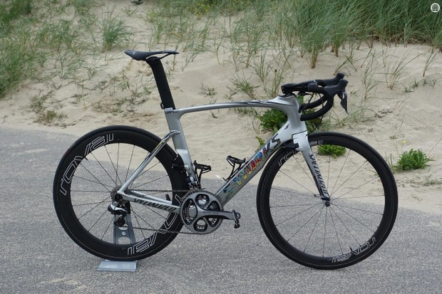 For the 2016 Tour de France, Specialized produced a custom-painted Venge for German sprinter Marcel Kittel