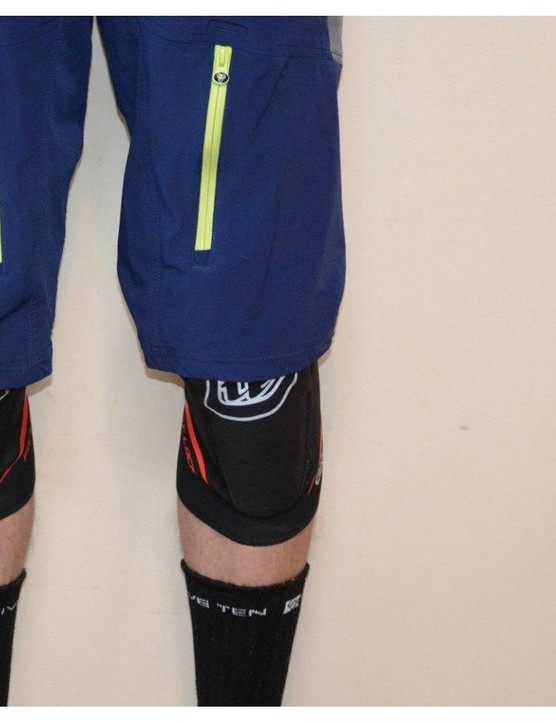From XC to enduro, knee pads come in a variety of weights and protection