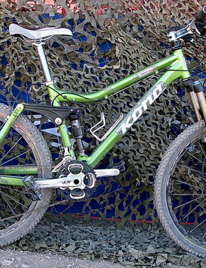 For 2009 Kona's popular Dawg gets more travel, lighter parts and a cool green paint job