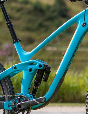 With the exception of head and seat angle, Kona has kept the geometry of its new bike almost identical to the 2017 bike and this is followed through on the new 29er, too
