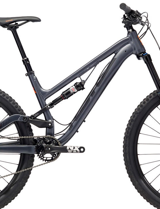 Keeping the frame shape of the 2017 Process, the 153 SE looks like a killer option for hardcore riders on a budget, costing £1,999