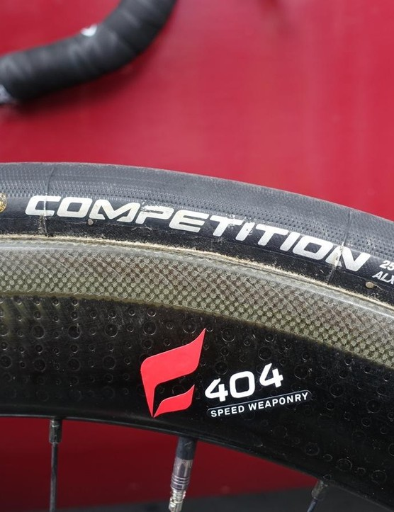 Zipp 404 Firestrikes have an etched brake surface for improved braking