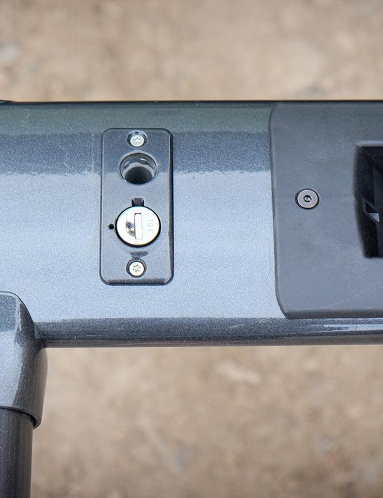 A lock core built directly into the rack allows a security cable be feed through both bike frames