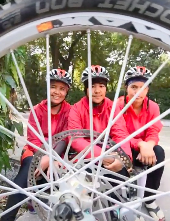 235 nuns have ridden from Nepal to India to raise awareness of gender equality and environmental protection