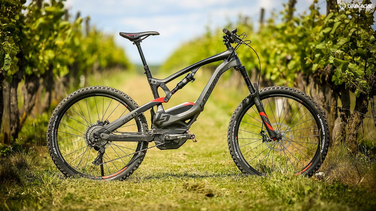 In a bid to dramatically improve the handling, Lapierre has created its first full carbon e-MTB, the Overvolt AM Carbon, allowing its designers to dramatically lower the position of the battery