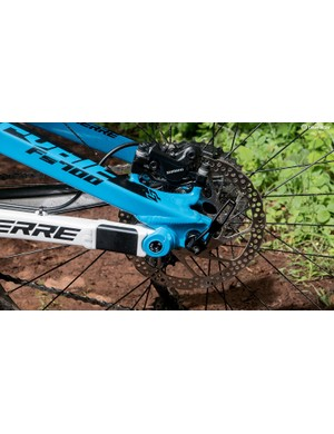 With 22kg of mass to bring into line, 180mm-rotored Deore brakes just aren't powerful enough