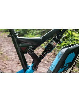 The four-bar rear suspension meanwhile has 140mm of travel, but the Overvolt doesn't suffer from the reduction