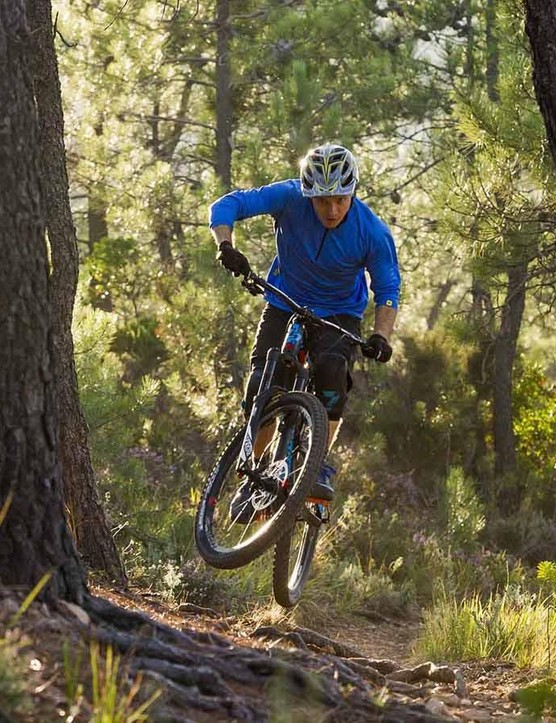 With more travel, slacker head angle and greater reach the Spicy is more ready than ever to hit the trails at serious pace
