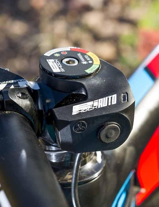 The E:I unit on the stem contains an accelerometer that, along with one on the fork, determines whether a bump is big enough to open the rear shock or keep it locked out