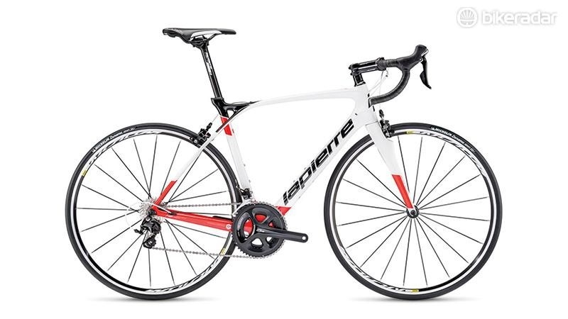 Lapierre's distinctive frame design is immediately apparent on the Xelius SL 500 CP