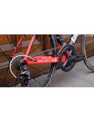 The groupset is full Ultegra, aside from the chain and cassette