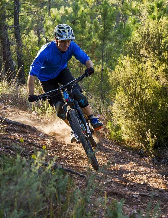 The input from legendary downhiller and enduro racer Nico Vouilloz is apparent in how the Spicy rides