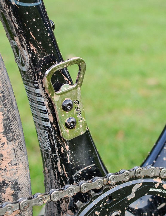 The Beer or Gear front derailleur mount makes no judgment about your alcohol consumption