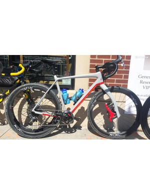 Former Dirty Kanza winner Yuri Hauswald rode a Scott Addict Gravel 10 with a painted to match Lauf Grit