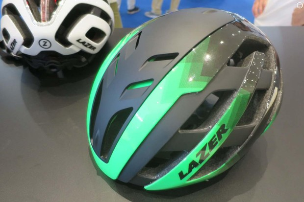 The new Lazer Century combines aero from the Bullet and venting from the Z1. Here the twist cap is in the vented position