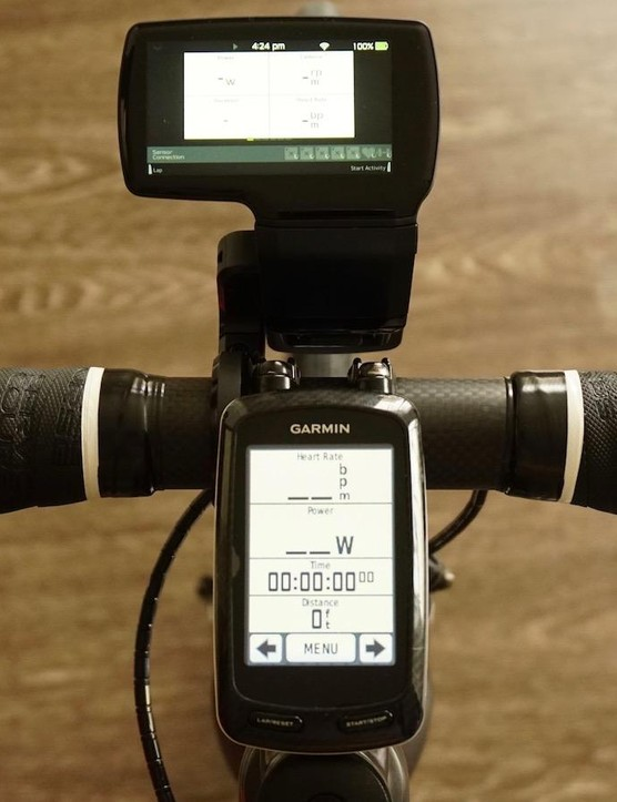 The Leomo Type-R motion capture head unit is roughly the same size as a Garmin Edge 800, but it does sit a fair bit in front of the bar