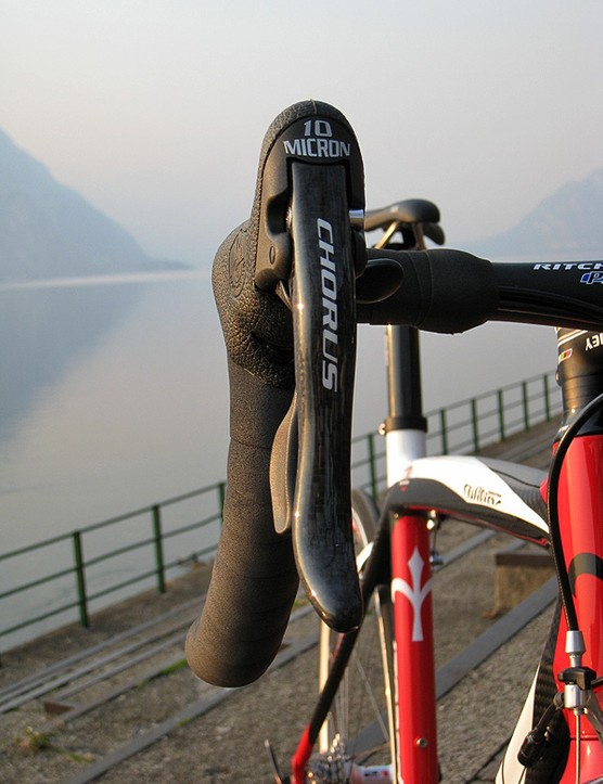 Campagnolo Chorus Ergopower levers provided the usual exemplary performance.