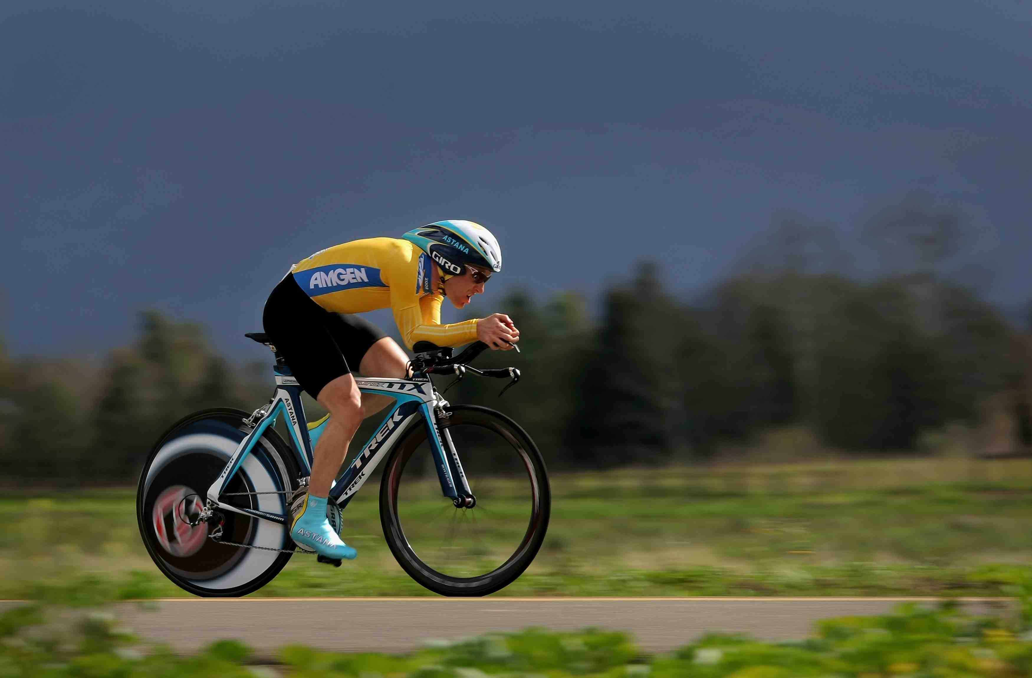 Time trial favourite Levi Leipheimer storms in California.