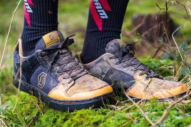 Scott FR 10 flat-pedal shoes