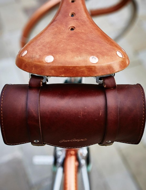 The Gran-Compe Leather Touring saddle and optional saddle pack