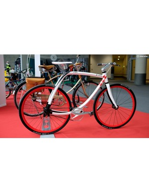 Another one from Prince Albert's colection, the distinctive 77-011 metropolitan bike from Italian brand Rizoma