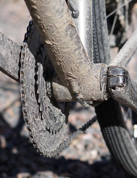 Internal routing makes washing the bike easier. Yes, it also makes changing your hydraulic line more complicated. But how often will you do each of these?